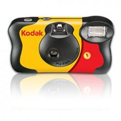 Kodak flash 27 pose