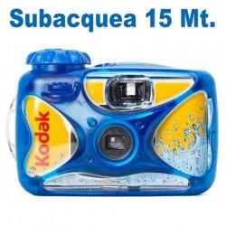 Kodak Sub 27 pose